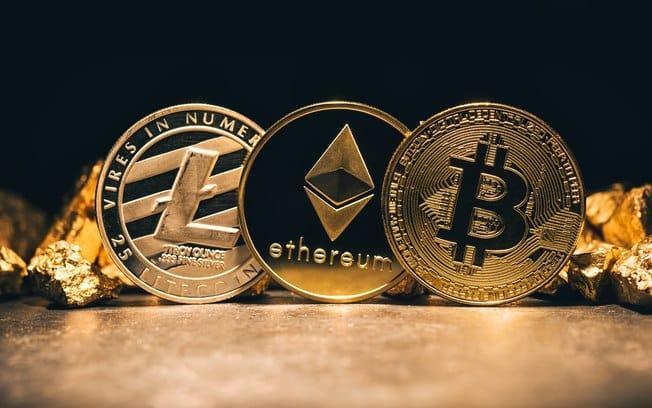 O que significa Bitcoins e Criptomoedas? - Foto: IG