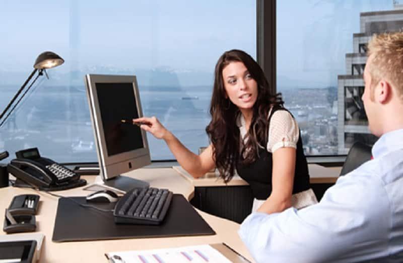 Secretariado o que faz? Funções, atribuições e salários! - Foto: TDA