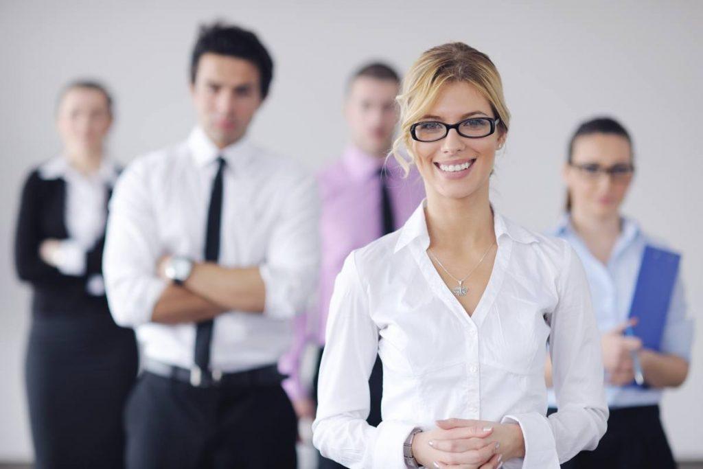 Secretariado o que faz? Funções, atribuições e salários! - Foto: EN
