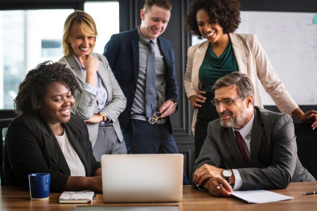 Comunicação corporativa: veja a relação com o Secretario (a) Executivo (a)! - Foto: Net Show