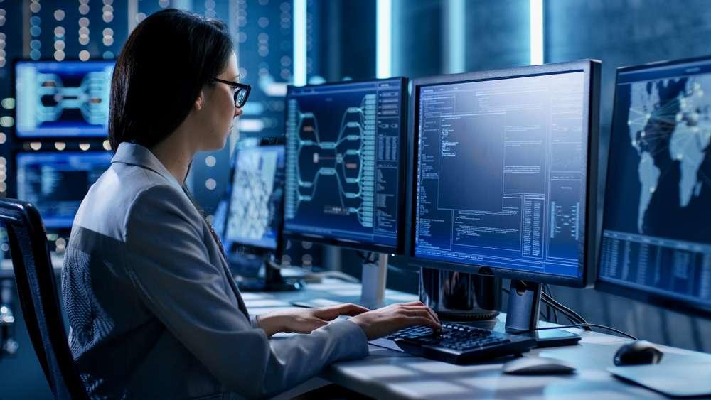 O que é tecnologia da informação? Veja o que é e qual a sua importância nas empresas! - Foto: FM MAS